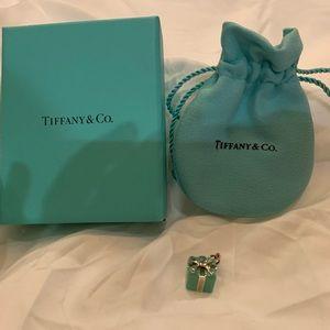 Tiffany Present Charm